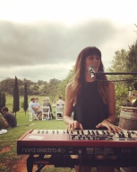 Larissa McKay acoustic solo at Cupitt's Winery, NSW